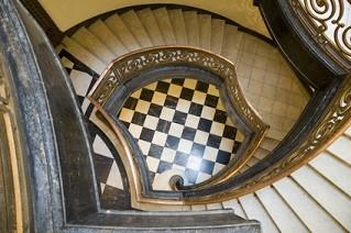 Art Deco Artists Inspire Metallics And Bold Colors