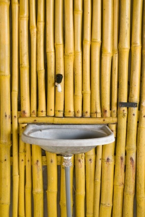 Bathroom Yellow Bamboo on Yellow Bathroom Color Scheme